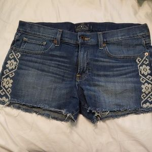 Lucky Brand Embroidered Cut off shorts